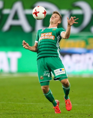 VIENNA,AUSTRIA,14.OCT.17 - SOCCER - tipico Bundesliga, SK Rapid Wien vs SKN St. Poelten. Image shows Philipp Schobesberger (Rapid). Keywords: Wien Energie. Photo: GEPA pictures/ Philipp Brem
