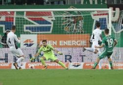 VIENNA,AUSTRIA,28.OCT.17 - SOCCER - tipico Bundesliga, SK Rapid Wien vs FC Admira Wacker Moedling. Image shows Stephan Zwierschitz (Admira), Andreas Leitner (Admira), Fabio Strauss (Admira) and Thomas Murg (Rapid). Keywords: Wien Energie. Photo: GEPA pictures/ Christian Ort